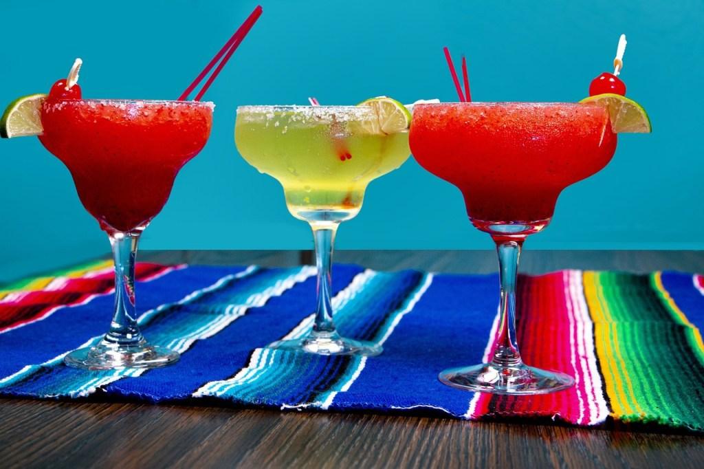 Margarita in 3 cocktail glasses