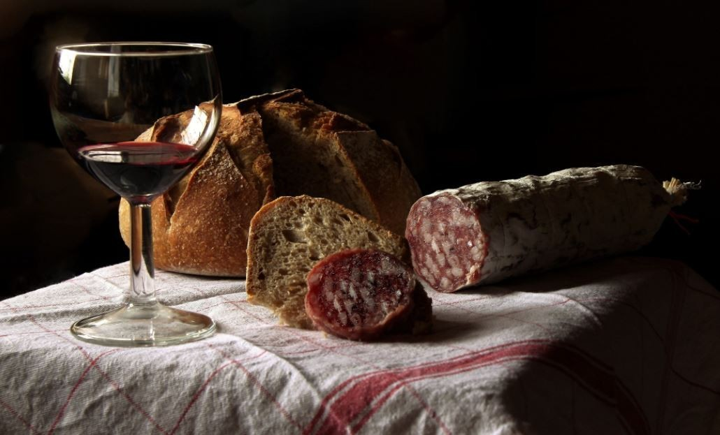 Allergy red wine and processed Meat