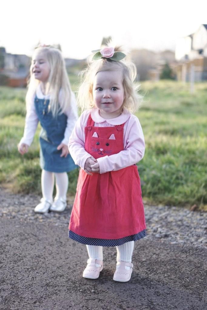 golden hour photos-golden hour photography-toddler girl fashion-baby girl fashion-kidswear-winter transitional pieces-spring wardrobe-jojomamanbebe-uk fashion-
