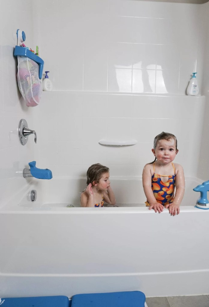 Making Bath Time Fun with Two Toddlers - The House of Hood Blog