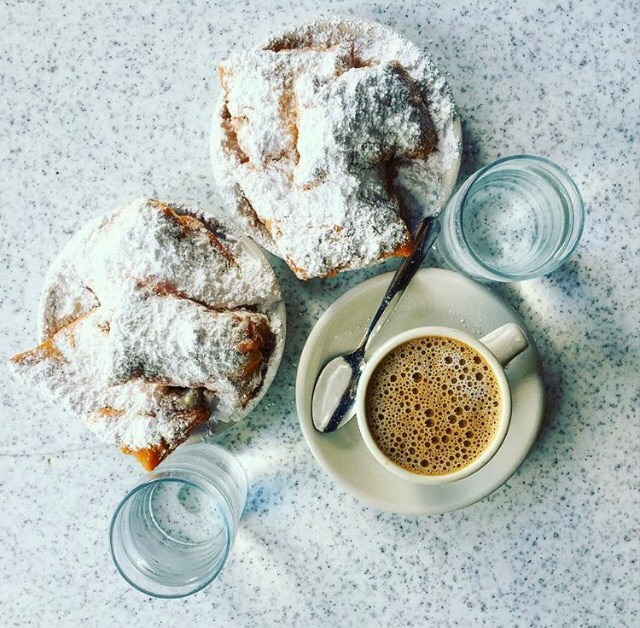 french beignets donuts