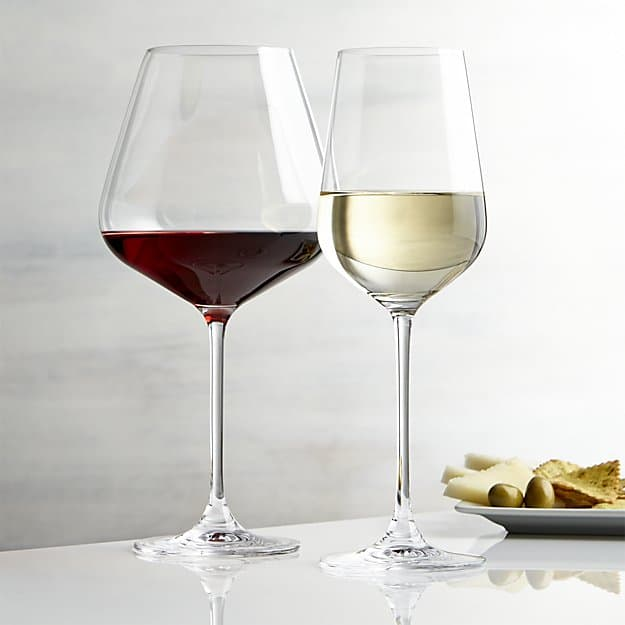 hip-wine-glasses