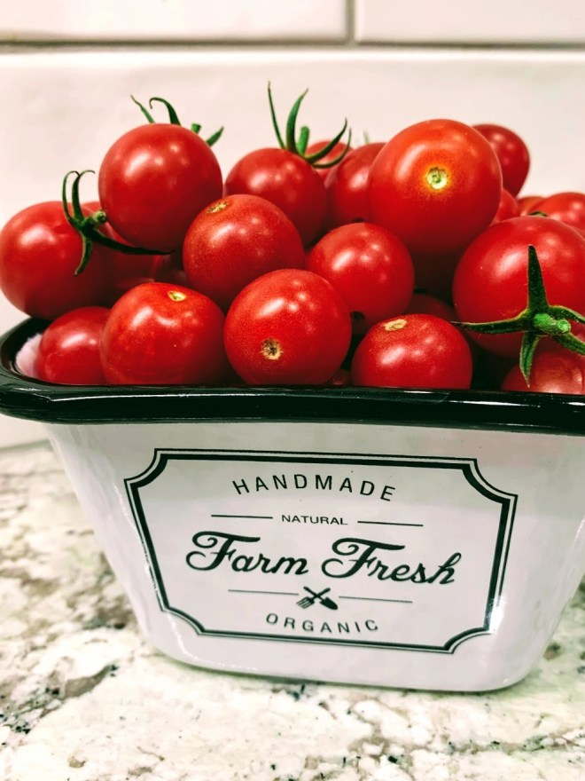 Tomatoes for Garlic Butter & Tomato Pasta.