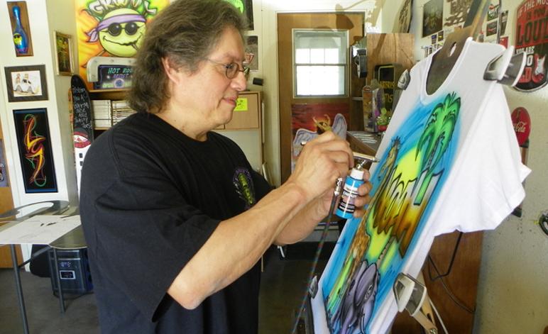 Eddie Mandela Airbrush Master And Pinstripe Wizard The Hub Of North Texas