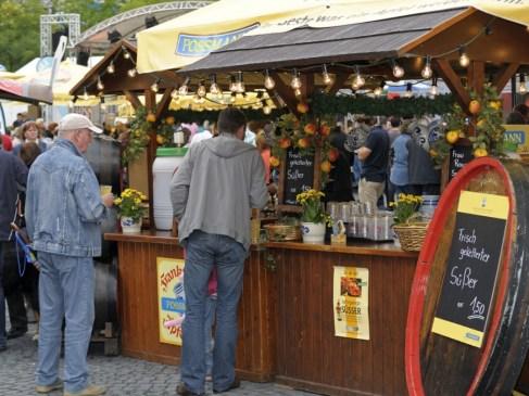 apfelweinfestival-rossmarkt_front_magnific-1