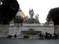 fontana fountain nettuno popolo rome italy