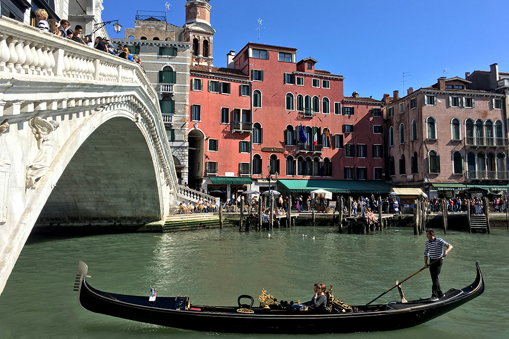 Exploring the Idyllic Islands of Venice