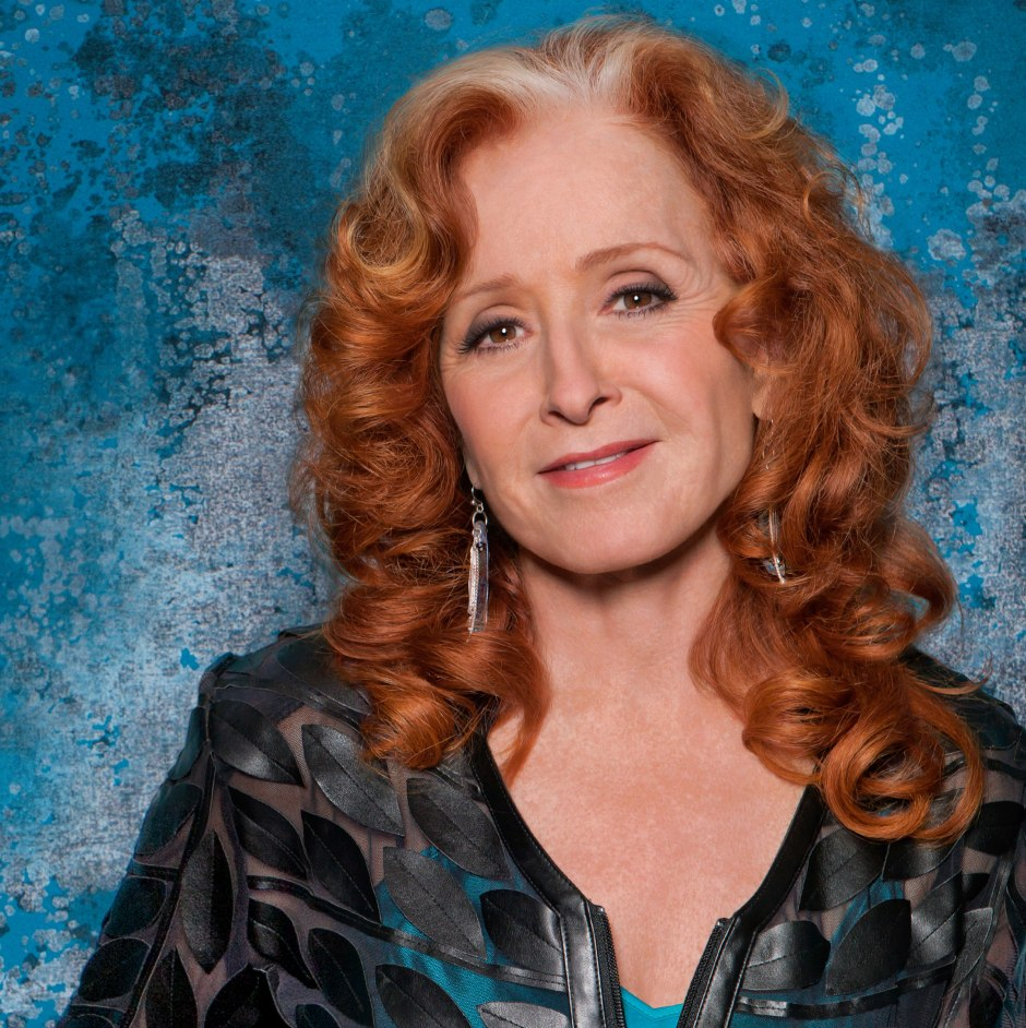 Bonnie_Raitt_Color_headshot_credit_Marina_Chavez_1