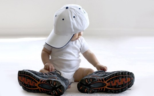 little-baby-with-big-adult-shoes-and-baseball-cap-beautiful-baby-wallpapers
