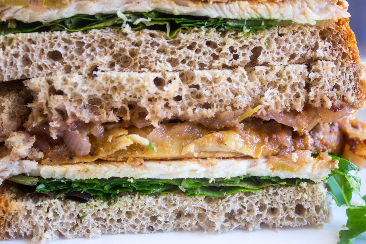 turkey and chutney sandwich