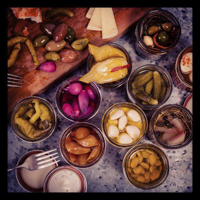 charcuteria-pickles