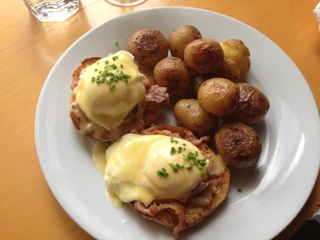 fat-hen-seattle-eggs-benedict