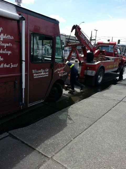 whera-ya-at-matt-food-truck