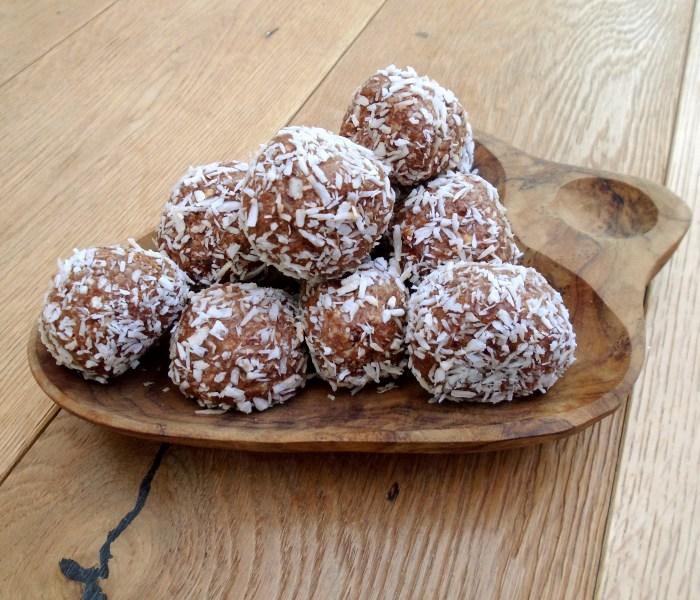 Coconut & Chocolate Energy Balls