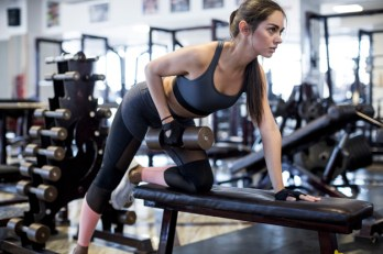 woman-doing-dumbbell-row-exercise