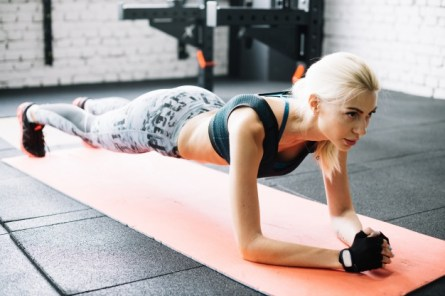 woman-standing-plank-position