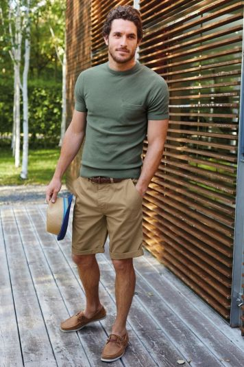attractive man wearing casual shorts tredy outfit