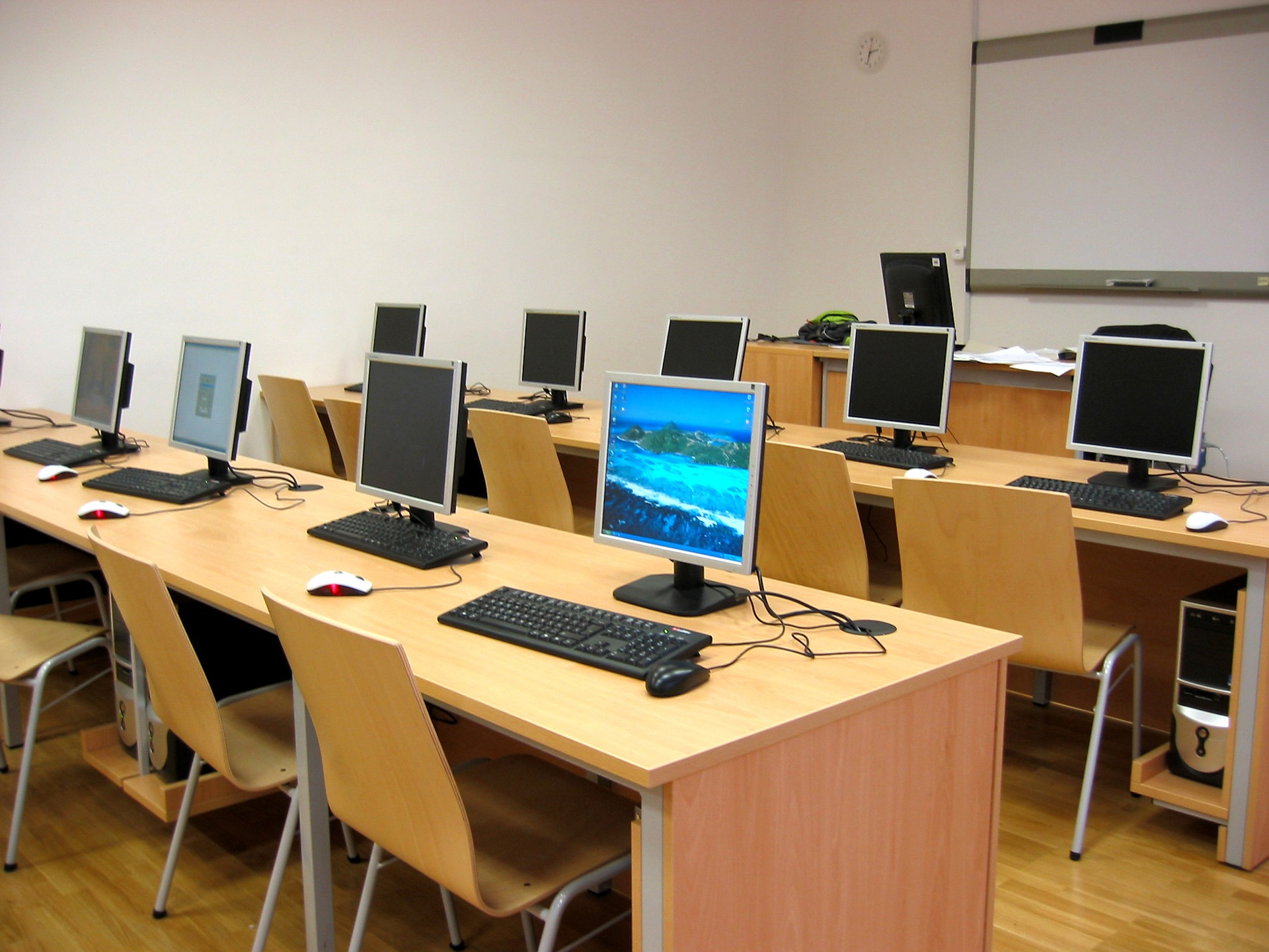 The positive impacts of ICT on education