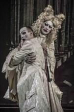 Arbace (Franco Fagioli) and Artabano (Juan Sancho) © Gérard Delacour