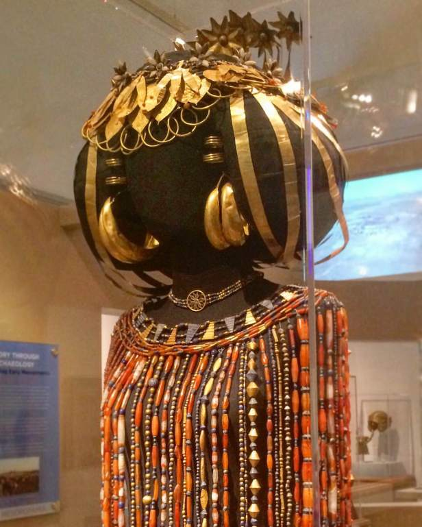 The headdress and beaded burial garments of Queen Puabi from Ur, c. 2500 BC, Penn Museum, Philadelphia