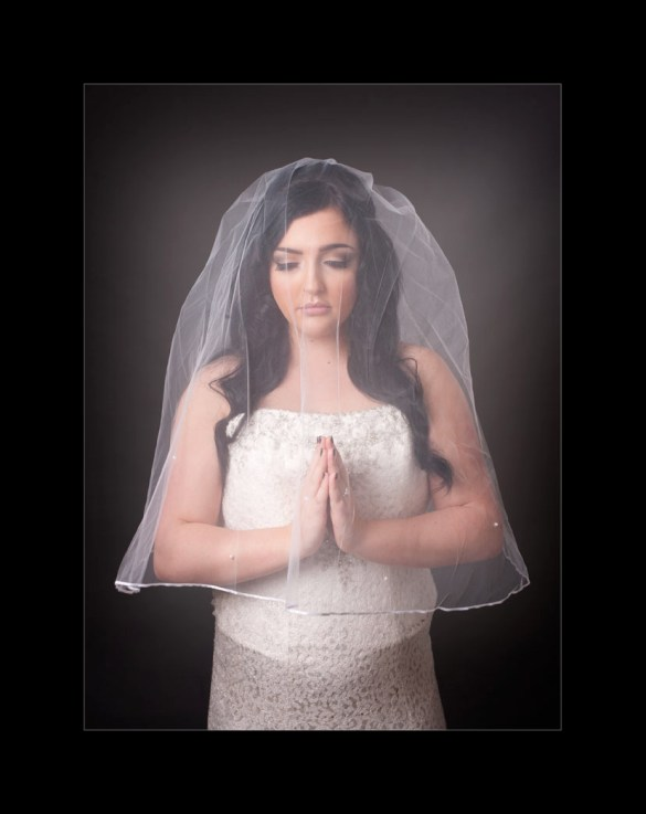 photographer_glasgow-studio-bride-with-veil