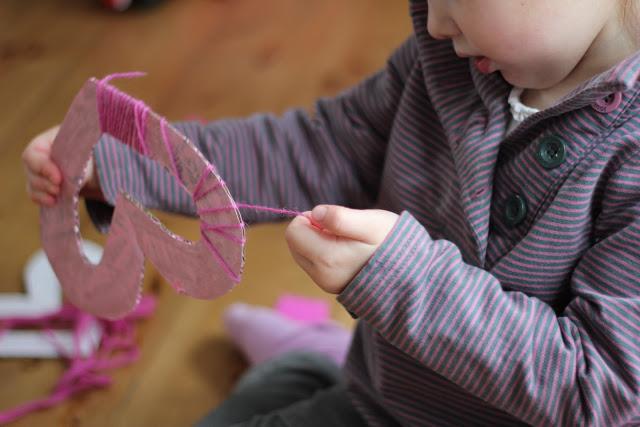 Weaving on cardboard shapes