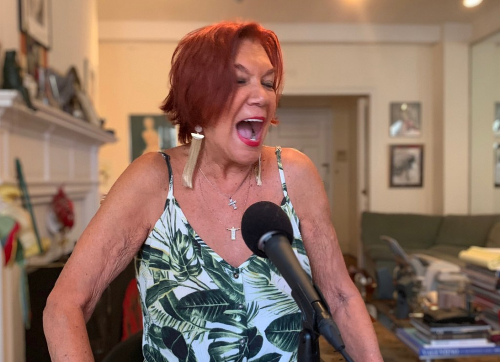 Studio 54 Carmen D'Alessio interviewing