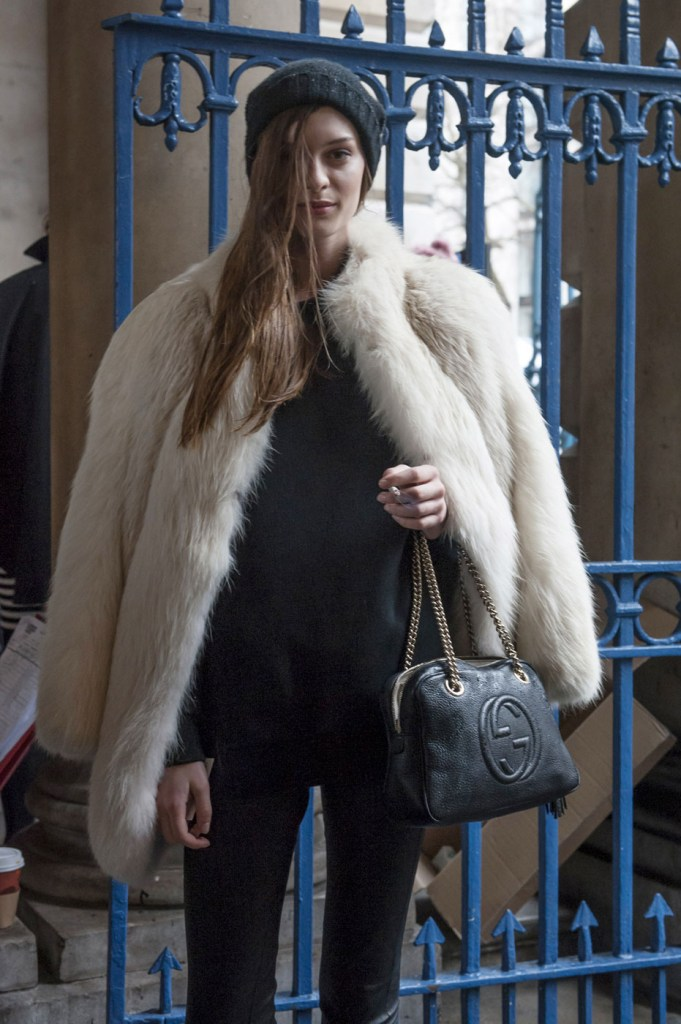 london-street-style-fashion-week-day-1-february-2014-the-impression-theimpression-010