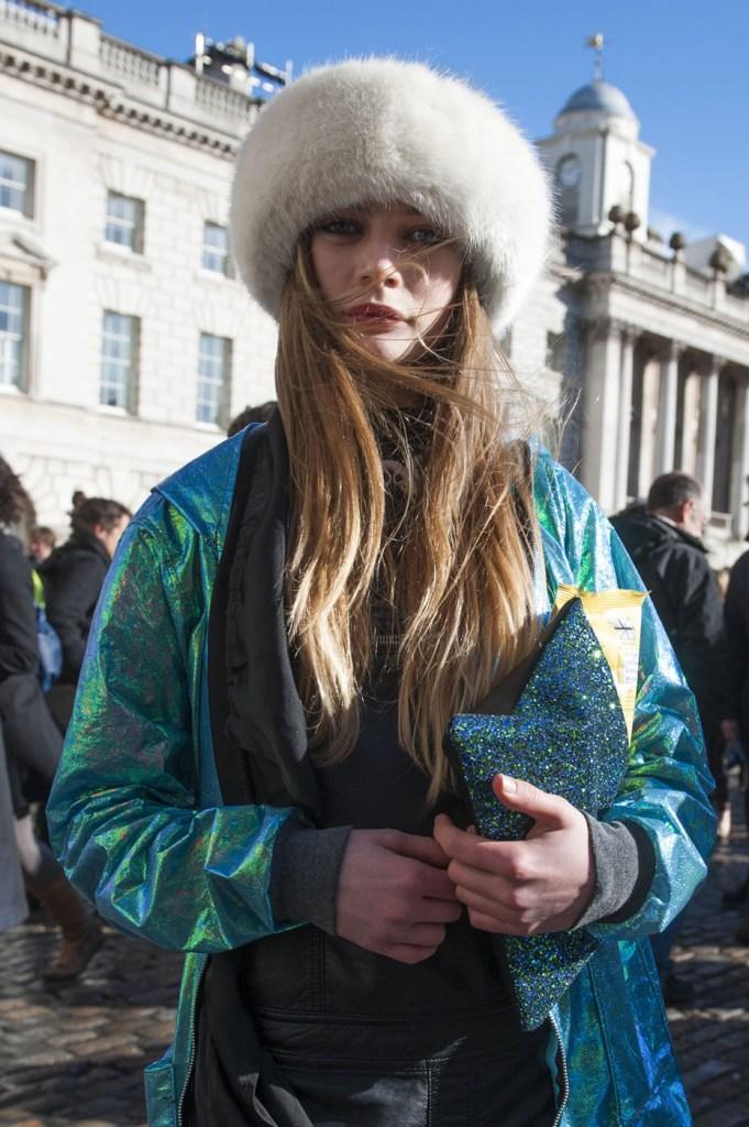 london-street-style-fashion-week-day-2-february-2014-the-impression-theimpression-022