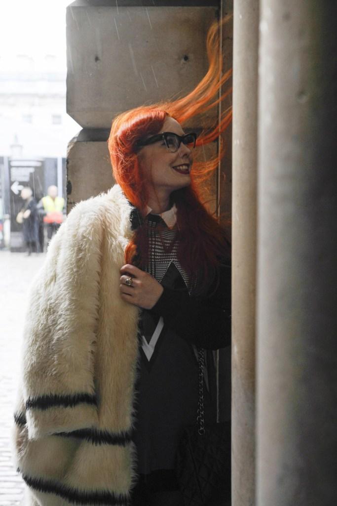 london-street-style-fashion-week-day-2-february-2014-the-impression-theimpression-033