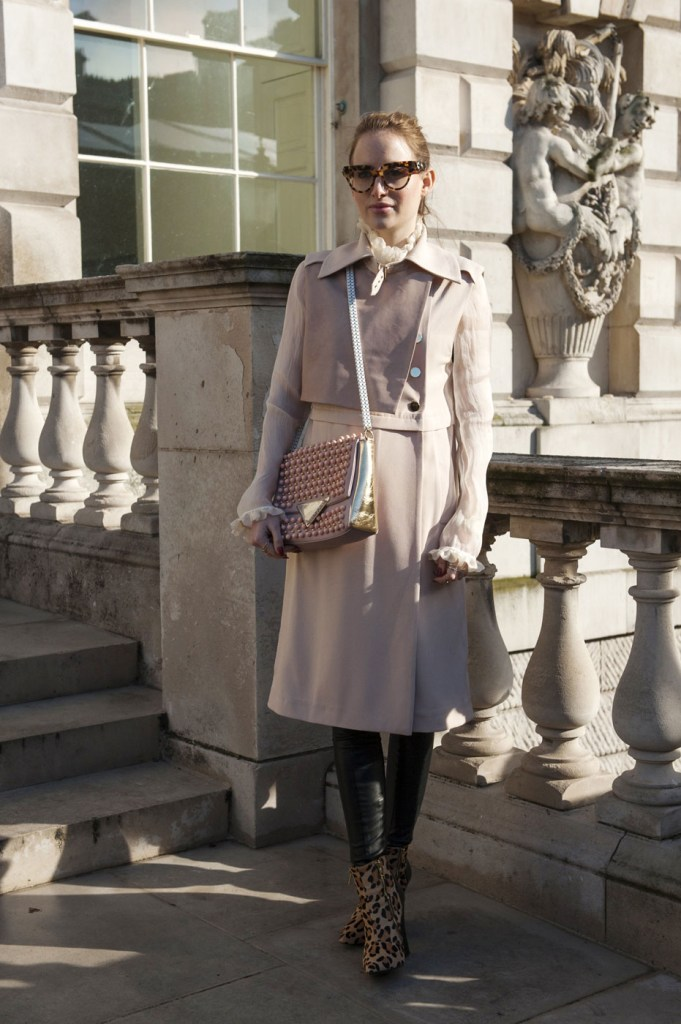 london-street-style-fashion-week-day-2-february-2014-the-impression-theimpression-050