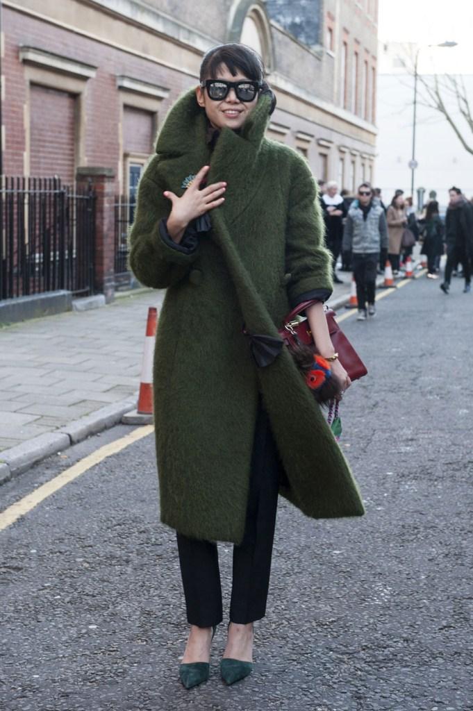 london-street-style-fashion-week-day-2-february-2014-the-impression-theimpression-064