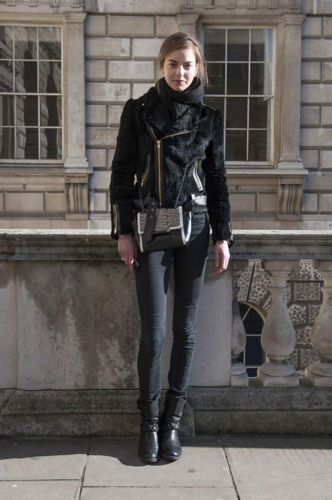 london-street-style-fashion-week-day-3-february-2014-the-impression-theimpression-012
