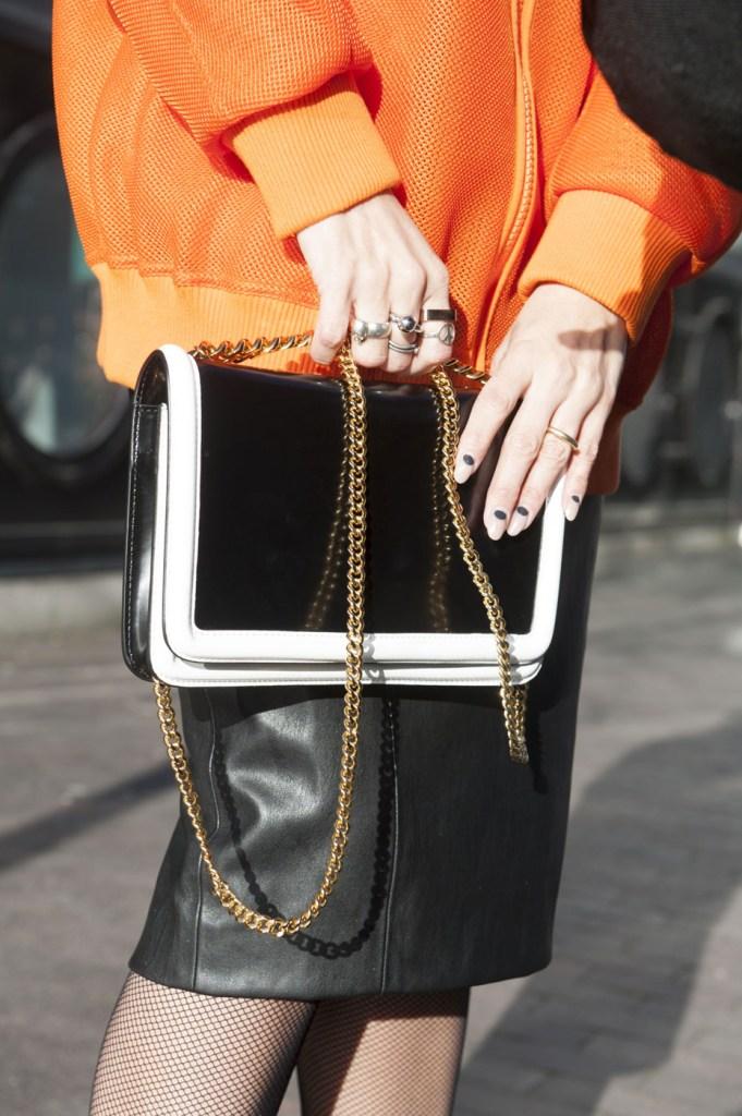 london-street-style-fashion-week-day-3-february-2014-the-impression-theimpression-057