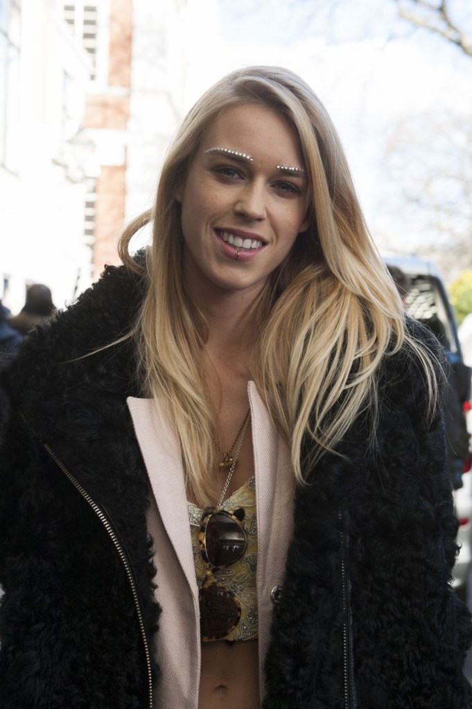 london-street-style-fashion-week-day-3-february-2014-the-impression-theimpression-075