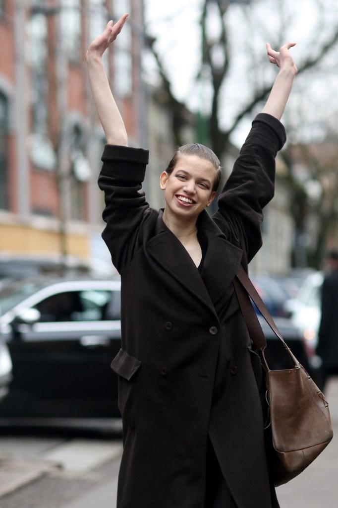 milan-street-style-fashion-week-day-2-february-2014-the-impression-theimpression-22