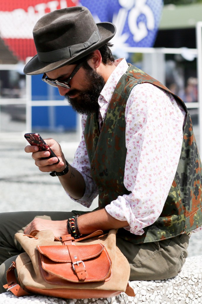 mens-street-style-pitti-uomo-frienze-florence-the-impression-june-2014-28