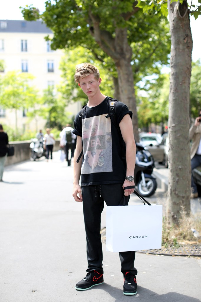 street-style-paris-mens-shows-day-1-the-impression-june-2014004