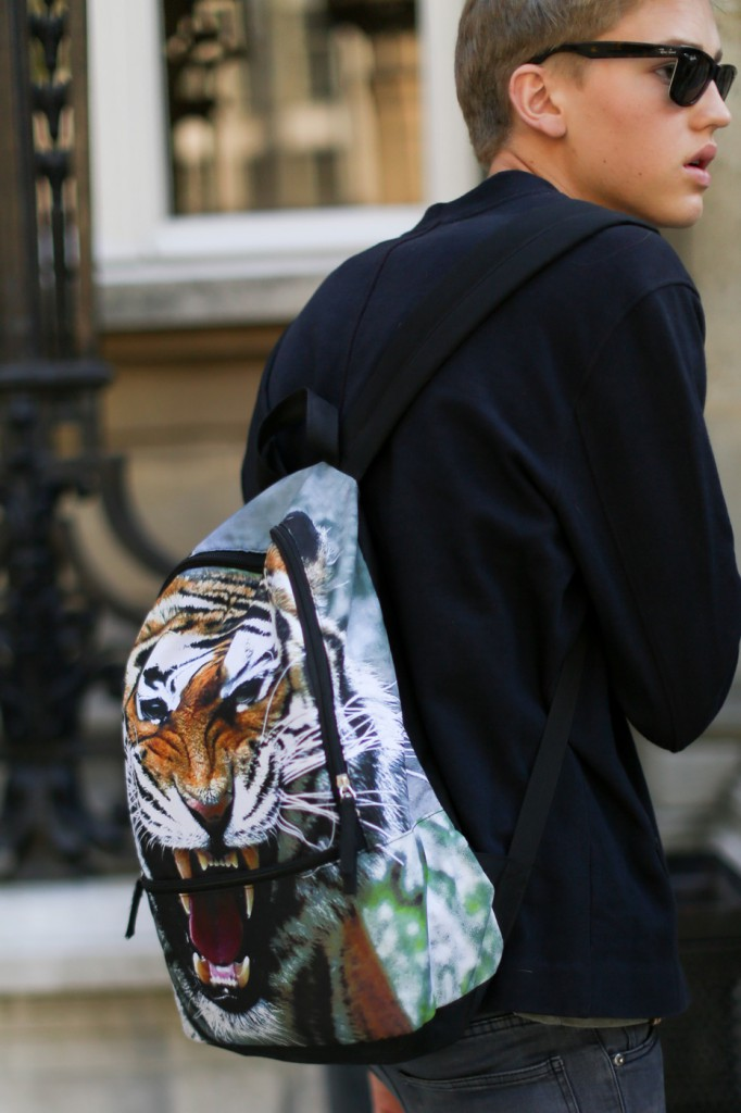 street-style-paris-mens-shows-day-1-the-impression-june-2014014