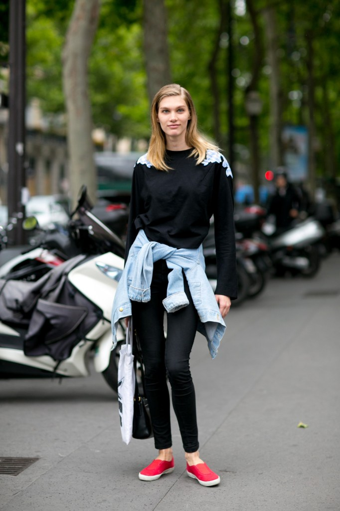 Street-Style-Day-3-Paris-Couture-Fashion-Week-the-impression-july-2014-002