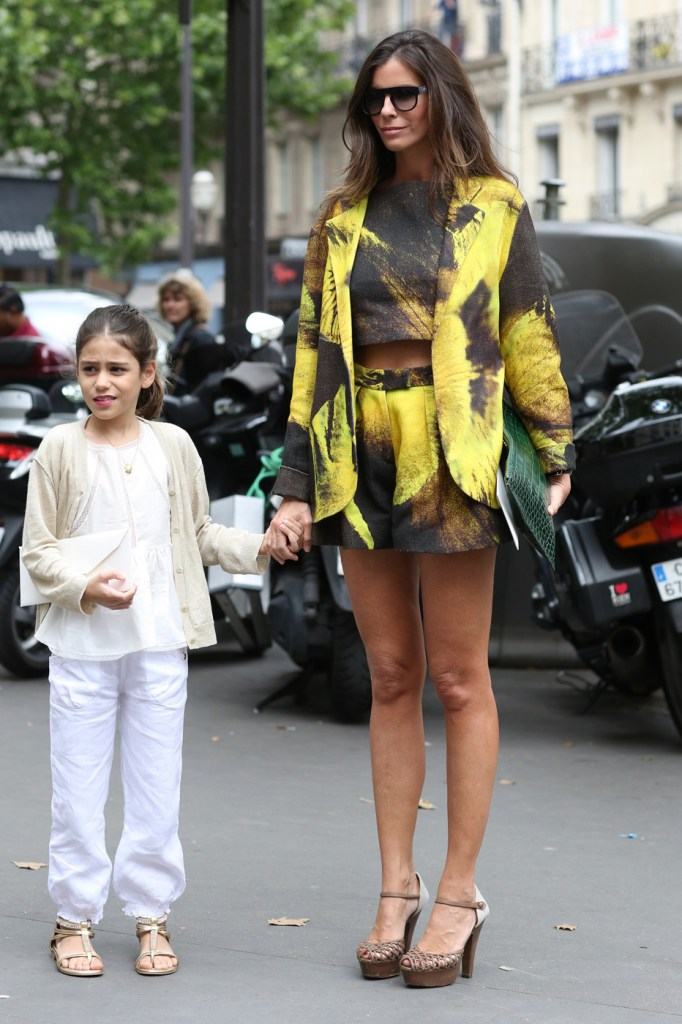 Street-Style-Day-3-Paris-Couture-Fashion-Week-the-impression-july-2014-024