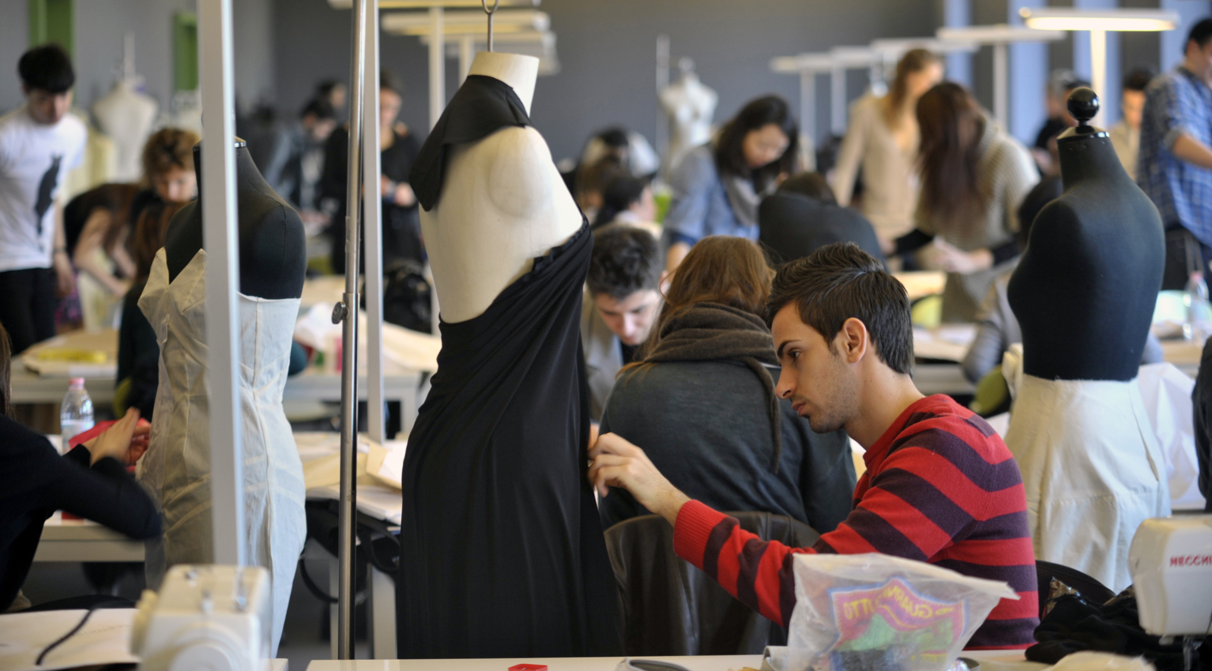 Image Wallpaper » Fashion Colleges