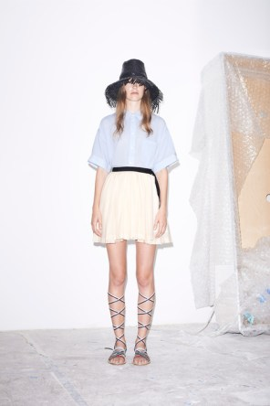 Band-of-Outsiders-spring-2015-runway-fashion-show-the-impression-001