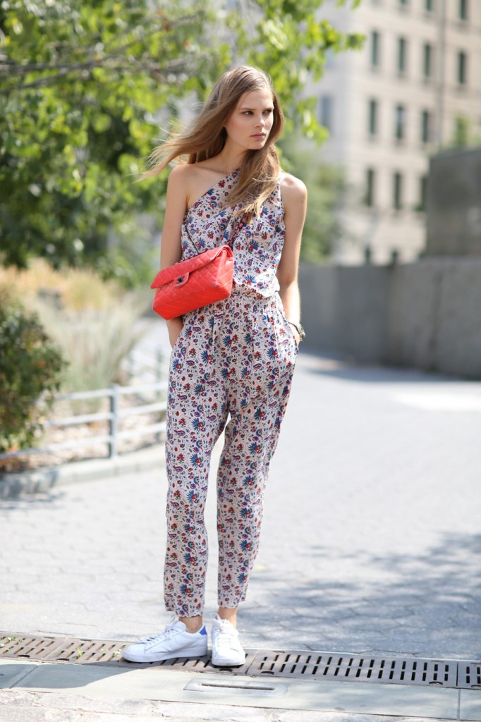 new-street-style-nyfw-sept-2014-day-2-the-impression-024