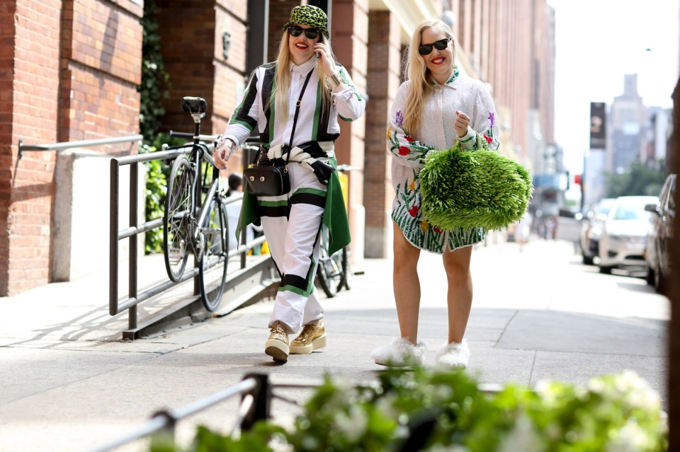 new-street-style-nyfw-sept-2014-day-2-the-impression-042