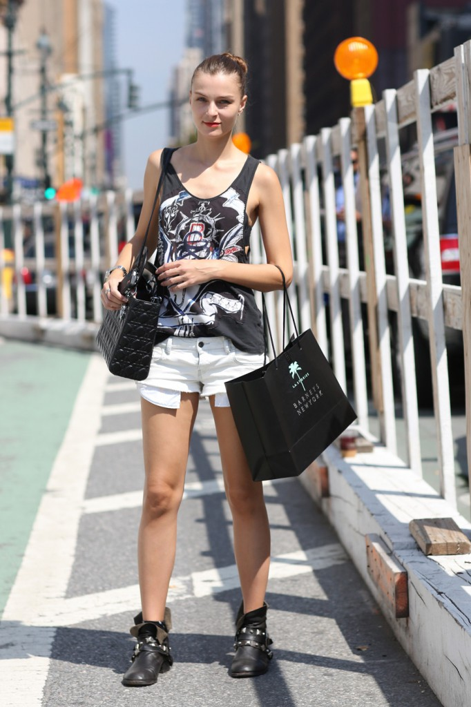 new-york-street-style-nyfw-day-3-sept-2014-the-impression008
