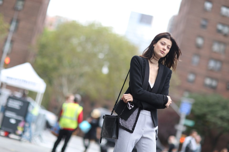new-york-street-style-nyfw-day-6-sept-2014-the-impression-025
