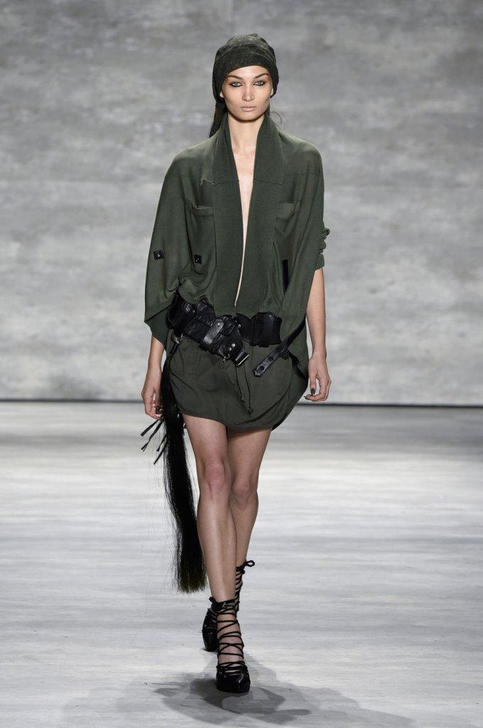Nicholas-K-spring-2015-runway-fashion-show-the-impression-005