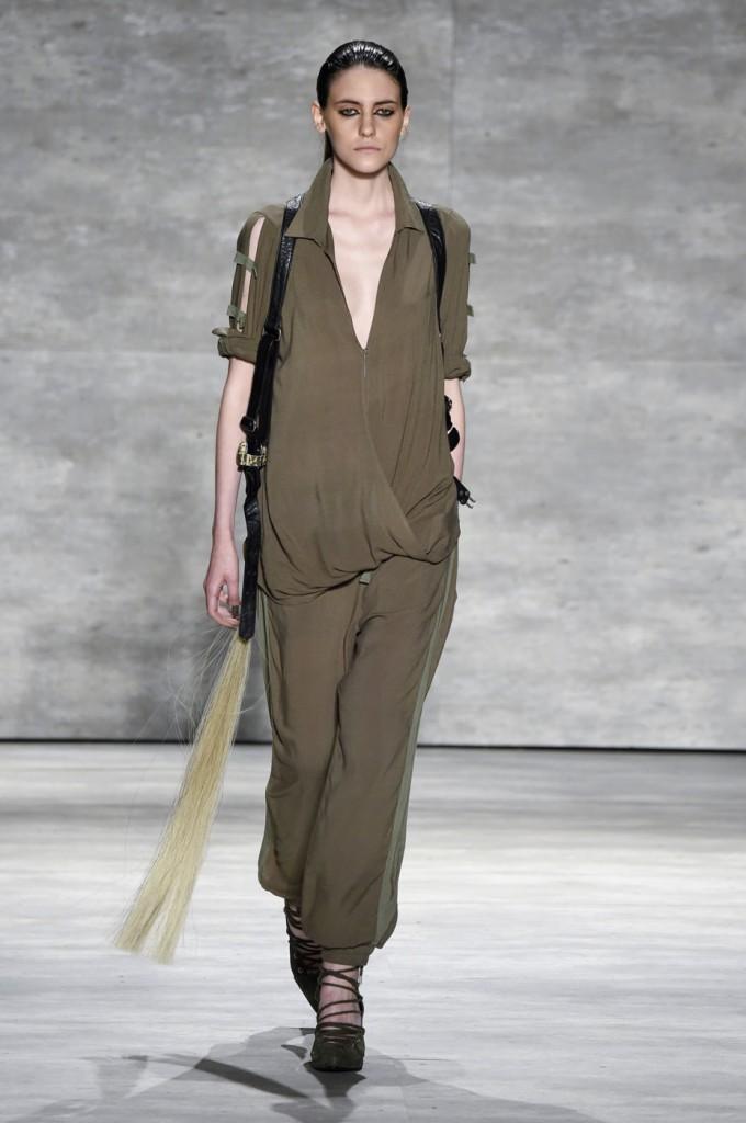 Nicholas-K-spring-2015-runway-fashion-show-the-impression-009