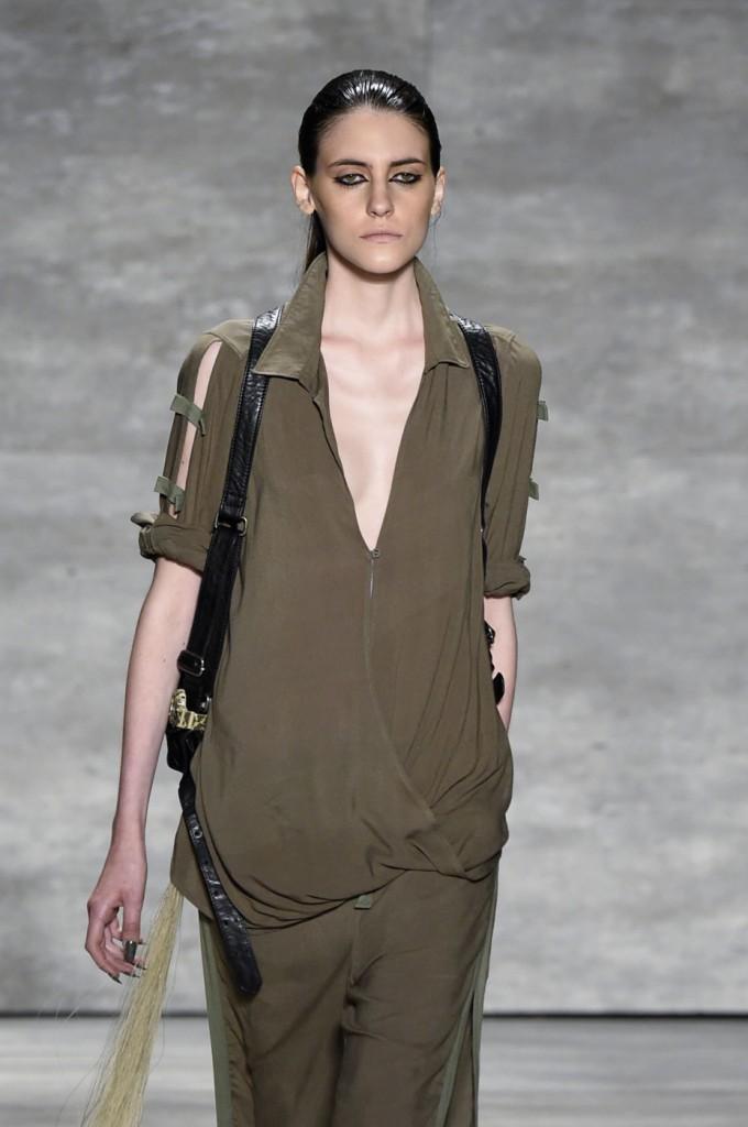 Nicholas-K-spring-2015-runway-fashion-show-the-impression-010